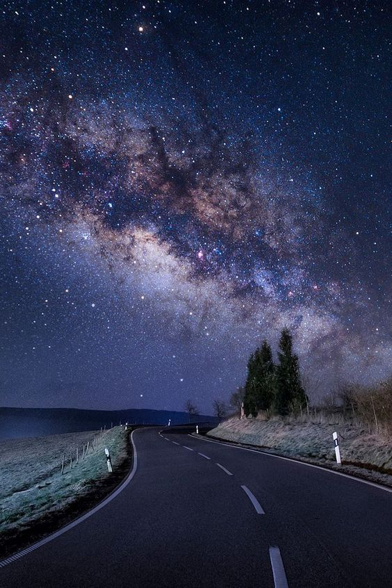 Road trip under the stars... A tail of the Milky Way Galaxy (no source of photographer)
