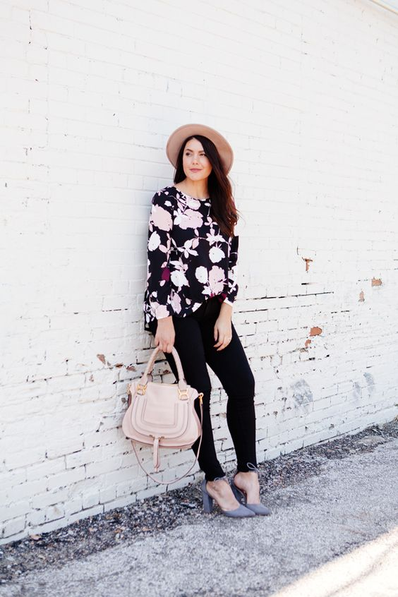 Black pink burgundy Floral blouse with black skinny jeans and blush hat and purse on Kendi Everyday