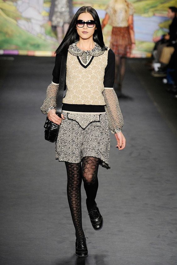 Anna Sui Fall 2010 Ready-to-Wear Collection Photos - Vogue