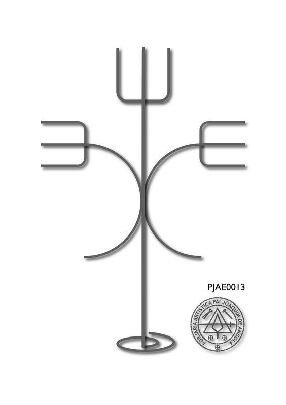 Arte em ferro a serviço da preservação da cultura e religiosidade afro-brasileira.   Catálogo de modelos - Desenvolvemos e forjamos ferramentas sob encomenda. Forjamos em Ferro, Aço, Aço Inoxidável, Bronze, Latão e Cobre.