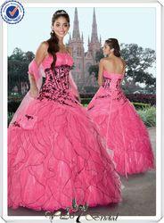 black &amp hot pink wedding dress  I &lt3 weddings  Pinterest  Hot ...