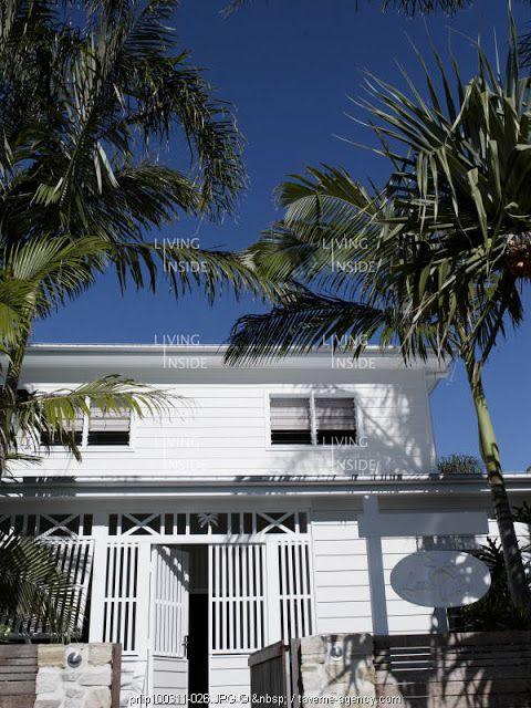 Byron beauty....white for tropical feel