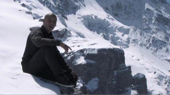 """Das neue Video (Official Content) von Dennis Lisk zu seiner ersten Single """"Lass Los"""", die am 19. Juni 2009 veröffentlicht wird! Mehr Infos auf www.myspace.com/dennislisk"""