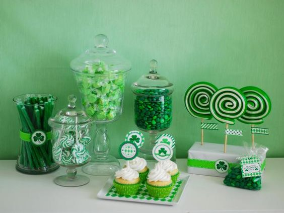 This is ADORABLE!!!! I am in LOVE with St. Patricks Day...sooo doing this next year #CPirishluck