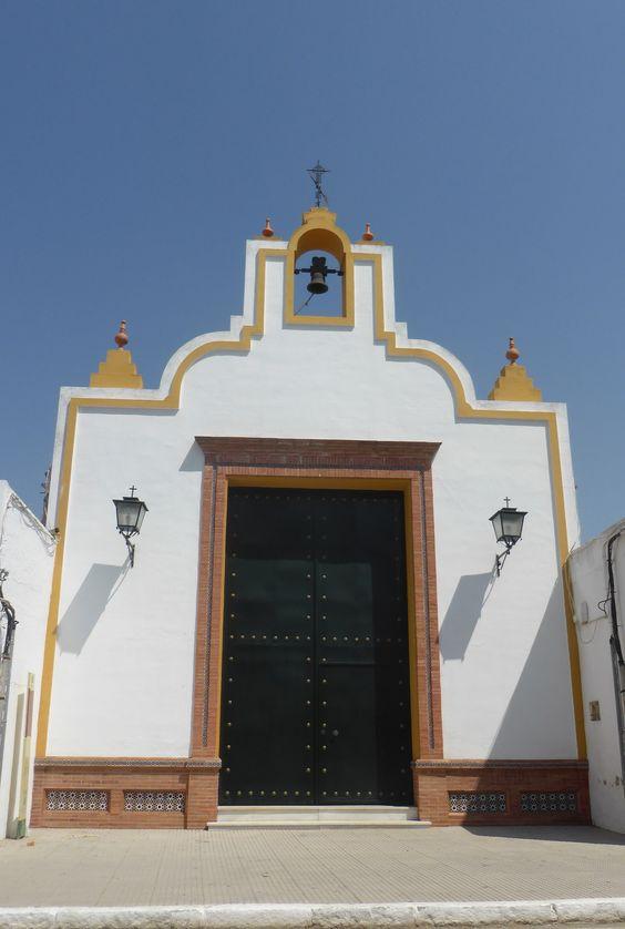 """#Huelva - San Juan del Puerto. Ermita de Nuestra Señora de los Remedios. 37° 18' 55.52"""" N 6° 50' 28.46"""" W. Situada en la calle Real esta pequeña ermita es otro de los monumentos que podremos visitar en San Juan del Puerto. También en Facebook: http://on.fb.me/14uYSnC"""