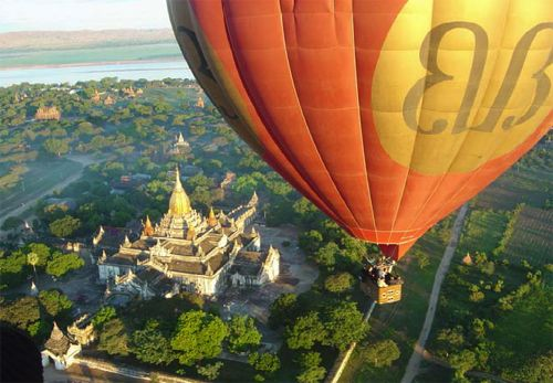 I want to go hot air ballooning in Myanmar