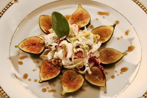 At Tanino Ristorante, we are inspired by local, seasonal ingredients such as these gorgeous fresh figs found in tonight's specialty appetizer.