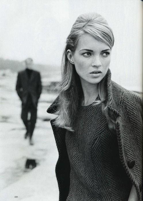 Kate Moss Vogue 2005 - Paolo Roversi, Juergen Teller