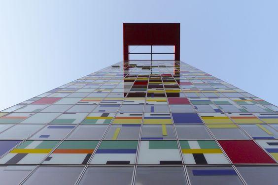 #Colorium #Duesseldorf #Medienhafen #architektur #architecture #color #building #William_Alsop