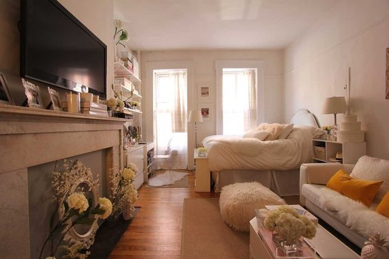 House tours home and studio apartments on pinterest for Bachelorette apartment