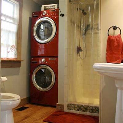 Best bath before and afters 2010 washers bathroom for Combined laundry bathroom ideas