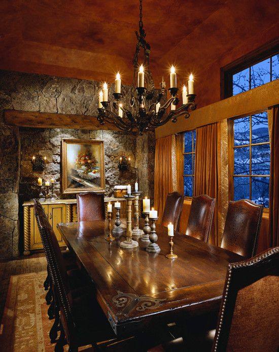 Elegant Classic Dining Room With Fancy Chandelier Mountain Lodge Favorite Places Es Pinterest Lodges And Din