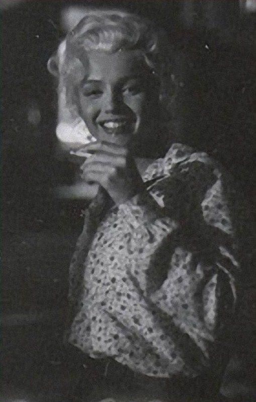 """Marilyn on the set of """"River Of No Return"""". Photo by Milton Greene, 1954. And before everyone gets their balls in an uproar over the cigarette, smoking was not on a par with murder then, as it is now."""