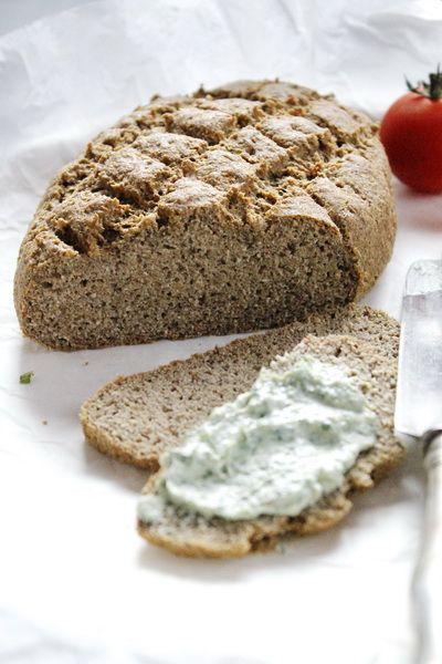 Szezámos paleo kenyér