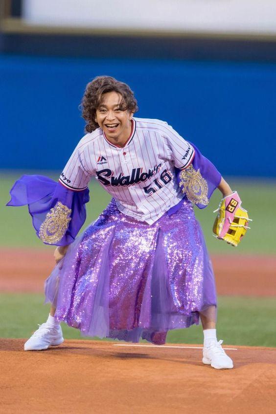 TOKIO城島始球式で女装する壁紙