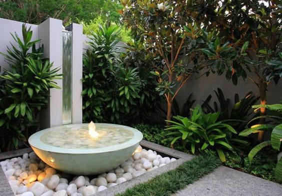 outdoor beach landscaping | ... small backyard ideas blending beach pebbles with contemporary style