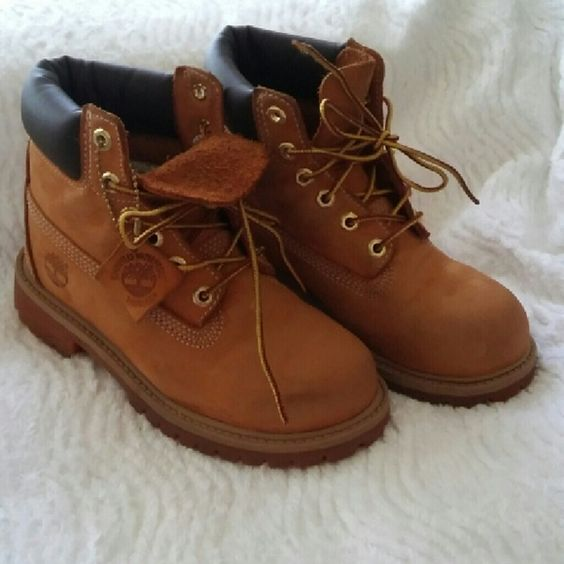 Timberland For Kids Worn 2 times. Timberland  Shoes Lace Up Boots