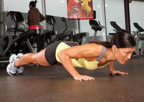 Oxygen Women's Fitness | Training | Score a Natural Boost
