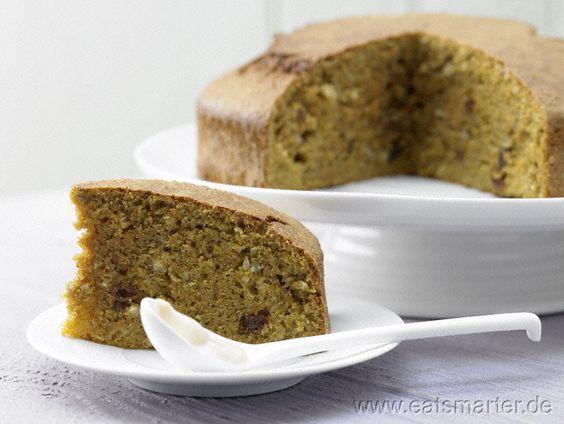 Interessant gewürzte Alternative für Liebhaber von Carrot cake und Schweizer Rüblitorte: Saftiger Möhren-Nuss-Kuchen  mit Orange und Kardamom - smarter - Kalorien: 389 Kcal | Zeit: 30 min. #easter #cake