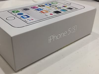 An Apple iPhone 5S 16GB Silver Boost Mobile A1453 Clean ESN Excellent Condition https://t.co/sU94NrvrDb https://t.co/rURd7FDzKD