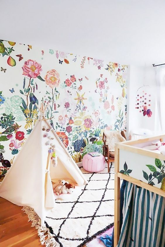 Floral wallpapers teepees and brooklyn on pinterest for Bright bedroom wallpaper