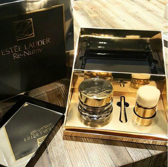 Estee Lauder Re Nutriv Ultimate Diamond Revitalizing Mask Noir 1 7 Oz Sac Ve Guzellik Moda Karalama Defteri Moda