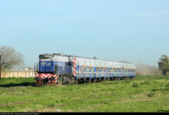RailPictures.Net Photo: A908 Línea General Roca EMD GT22CW-2 at Buenos Aires, Argentina by Pablo Saibene