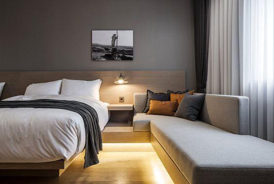 15 Astounding Minimalist Home Essentials Ideas Bedroom Interior Hotel Room Design Modern Bedroom Design Hotel room interior design ideas