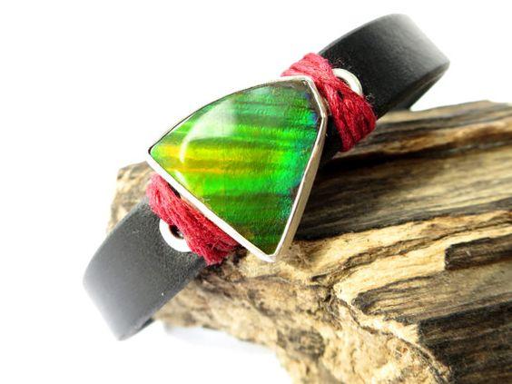 Ammolit Leder Armband / Ammolit aus Kanada  poliert von ElstarGems
