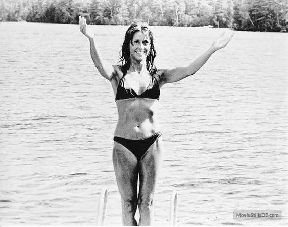 Jane Fonda Relaxes On The Beach In A Bikini Click On Pic To See A Full Screen Pic In A Better Looking Black Bac Jane Fonda On Golden Pond High
