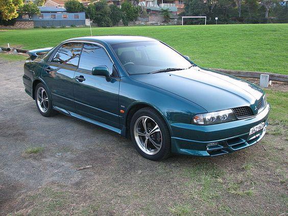 2001 Mitsubishi Magna (TJ MY02) VR-X sedan