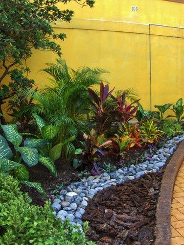 Tropical landscape design pictures remodel decor and for Decoration jardin tropical