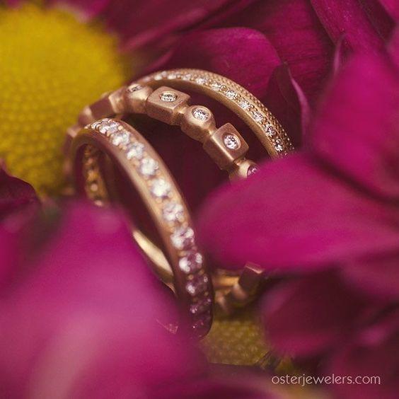 Wonderful geometric wedding band design. #mydiamondstyle #diamondweddingbands #mybridalstyle #alternativebridal