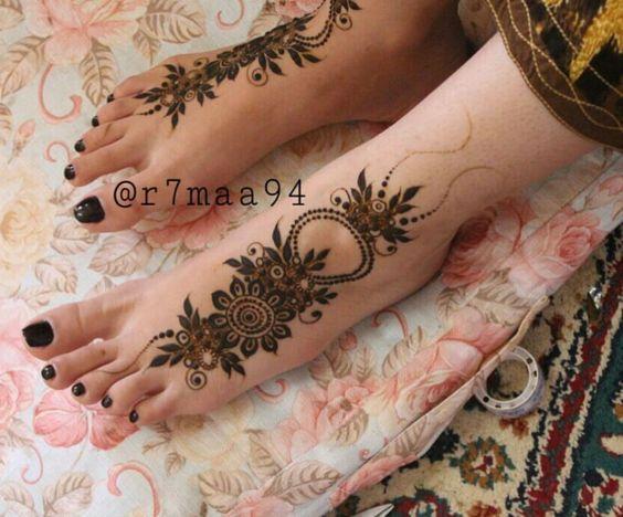 Pin By Asra O M On Henna Designs Henna Designs Feet Dulhan Mehndi Designs Mehndi Designs