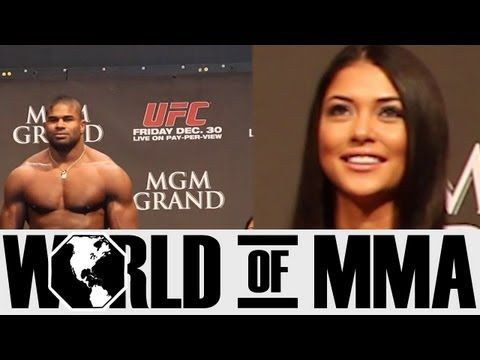 Arianny Celeste's Reaction to Alistair Overeem at UFC 141 Weigh-ins - YouTube