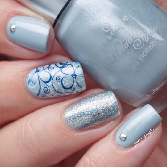 @essencecosmetics Where Did I Park My Unicorn? (who comes up with these names? ) and double #stamping on the middle finger with @bornprettystore BP-17 plate. For the blue stamp I used @essiepolish Midnight Cami which works great! On my ring finger is @ilnpbrand Shoreline  #essence #wheredidiparkmyunicorn #bornprettystore #ilnp #ilnpshoreline