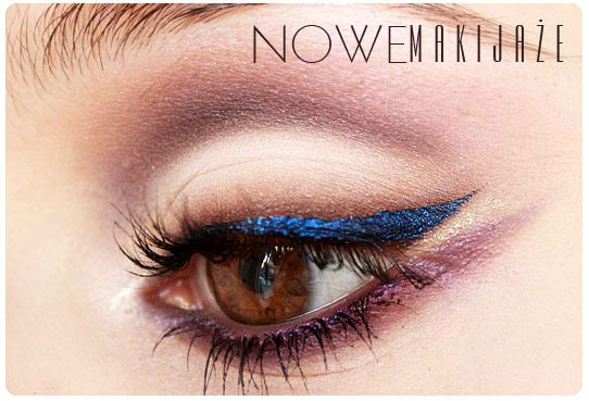 Soft eyeshadow and blue liner