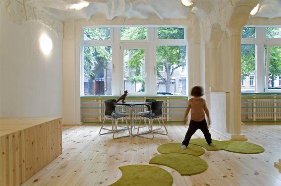 kindergarten einrichtung-innenarchitektur grüne wand-design, Schlafzimmer design