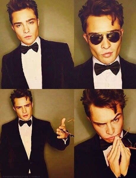 Gossip Girl....you have to love him!! I am so happy I have the box set when I see pictures like this haha!