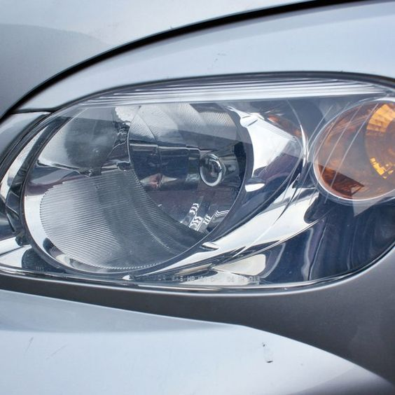 how to clean cloudy headlights