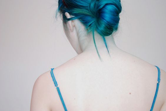 light blonde and  2 tubs of punky colour's ''blue lagoon'' and 2 tubs of ''turquoise'', cooked for 30 minutes.