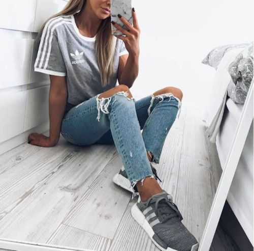 Trends: How to Wear Adidas Superstar Sneakers Lena