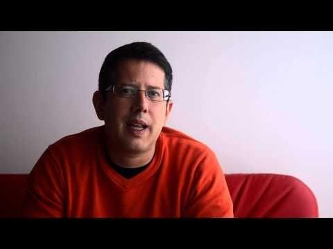 Entrevista a Fanuel Hanán Díaz - LuaBooks - YouTube