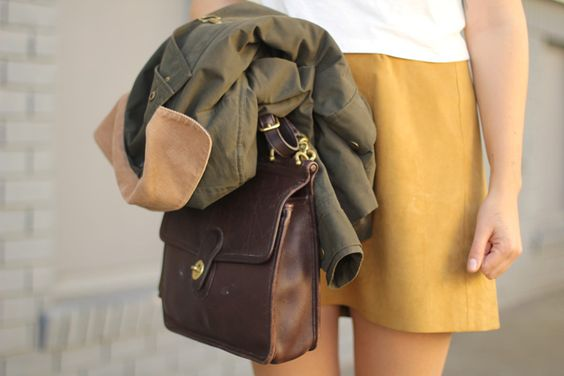 I already have this bag! Love the little yellow skirt.