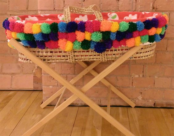 Parents under 20 - Support & Opportunities for young parents and young parents-to-be in Leicestershire - we've been upcycling Moses Baskets #worldpomination