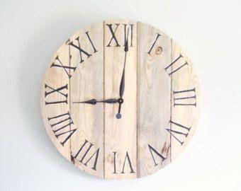 ON SALE Huge Pallet Clock 46 dia. von RustyLantern auf Etsy