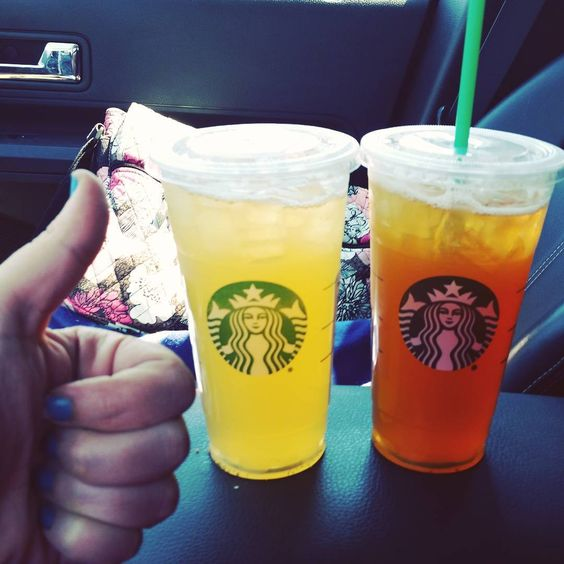 BAM!! It's #nationalicedteaday so it was get one tea & another free at #starbucks .... got one for later. Even better? I had a free reward so 2 iced teas for free. 🤓❤ #luckyday #mangotealemonade #greentealemonade:
