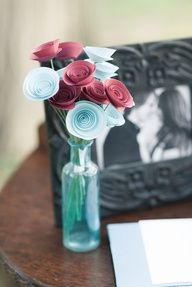idea: Aqua and red paper flowers for wedding decoration