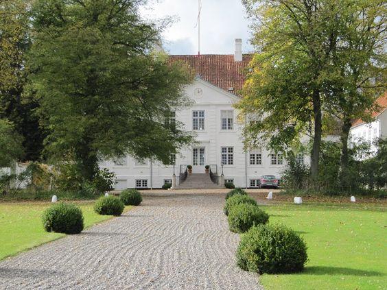 Gammel Estrup castle escort odense
