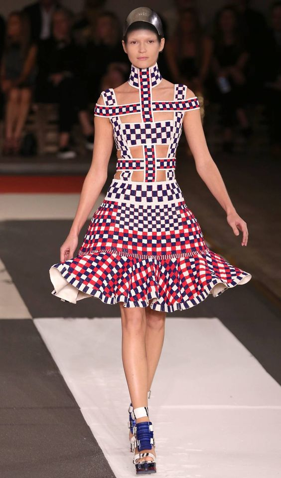 Be there and be square: Mondrian is McQueen's new muse Squares and swirls: Sarah Burton's Mondrian-inspired new collection | Autumn 2013